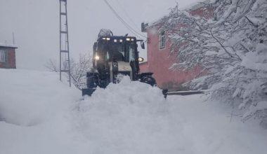 Giresun'da 98 köy yolu ulaşıma kapandı