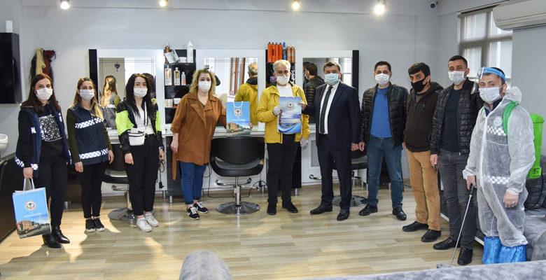 Kuaför salonlarını dezenfekte edildi