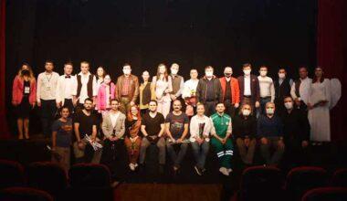 Giresun Belediyesi Şehir Tiyatrosu perdelerini açtı