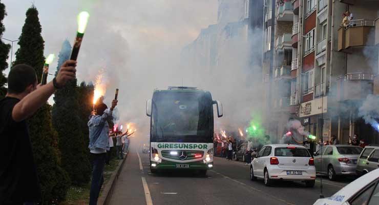 """Giresunspor'un """"SÜPER"""" yürüyüşü"""